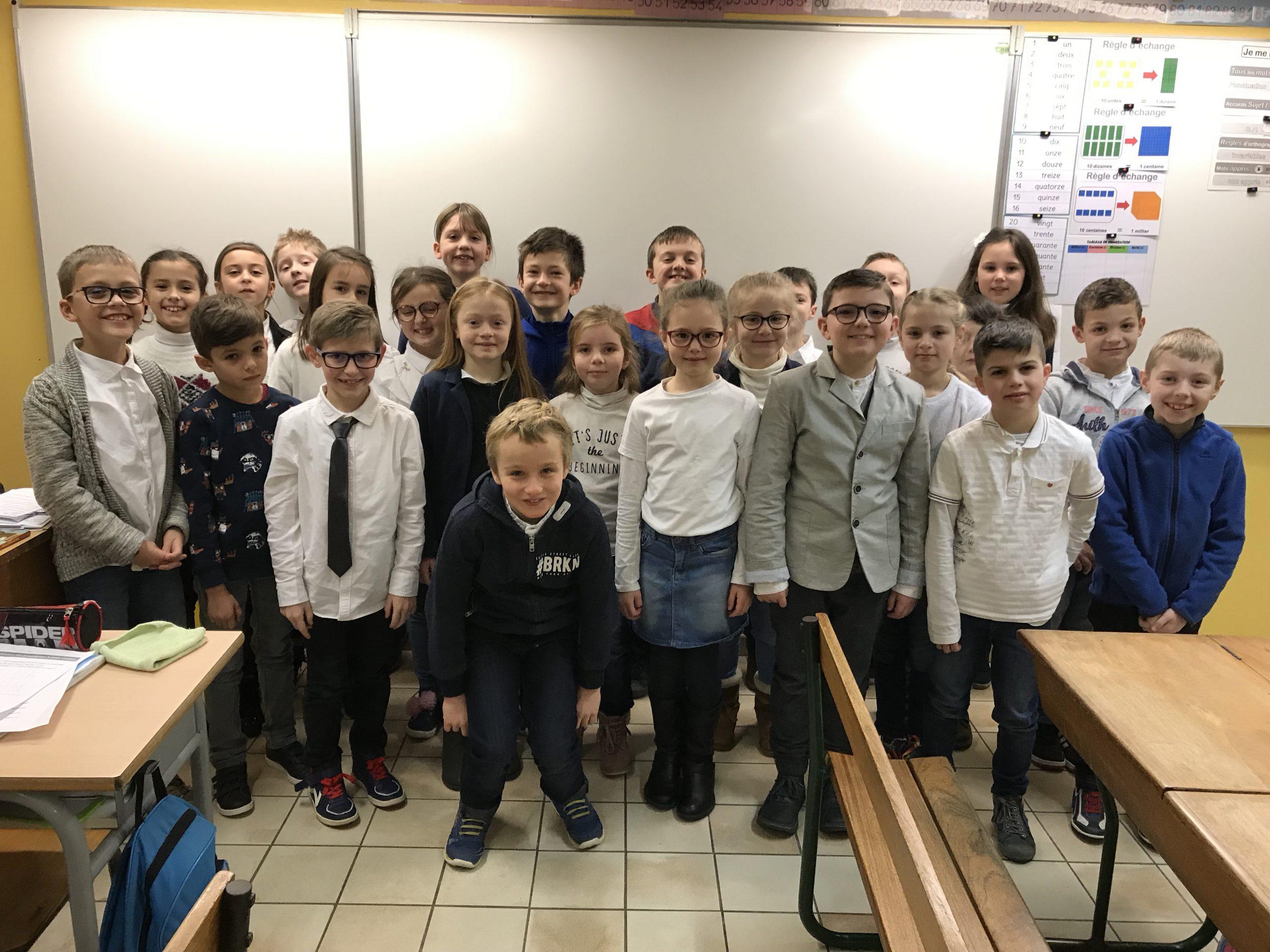 Photo de classe école Sainte Germaine à Calais